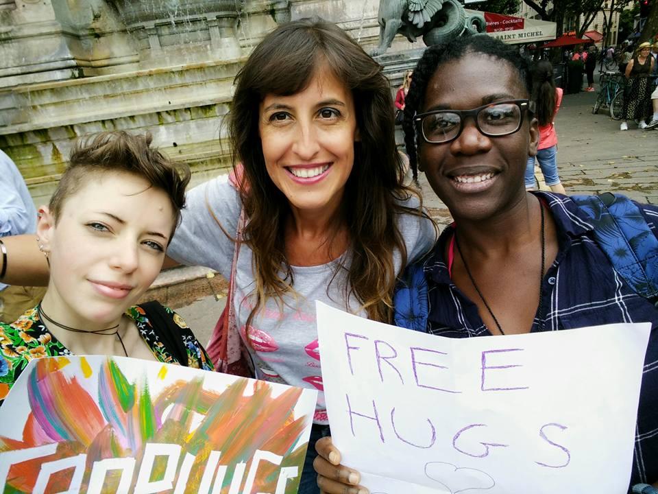 04-free-hug